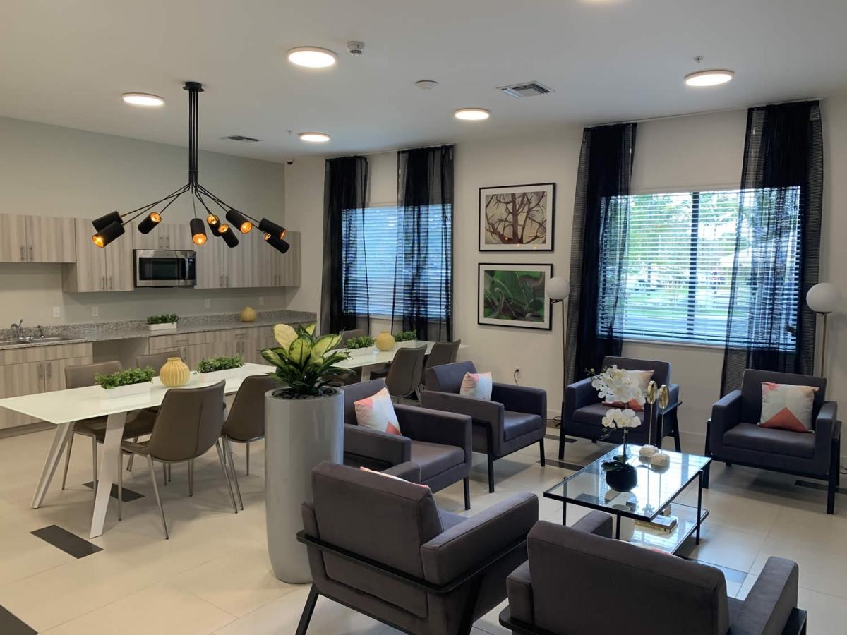 West Palm Beach Senior Apartments communityrm